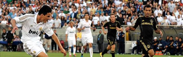 madrid-jose-callejon-angeles-galaxy_estima20110717_0007_10.jpg